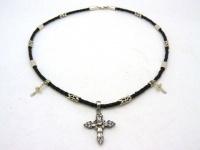 Чокер, шнур плетеный кожаный 2.5 мм с серебряными вставками и двумя крестиками