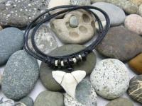 Амулет с зубом Бычьей акулы