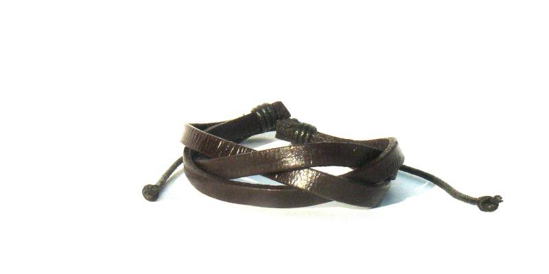 Как сделать женские кожаные браслеты на руке 39