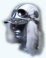 Шапка-ушанка с очками и хвостом из меха  коллекция зима