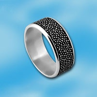 Кольцо  из серебра 1665213